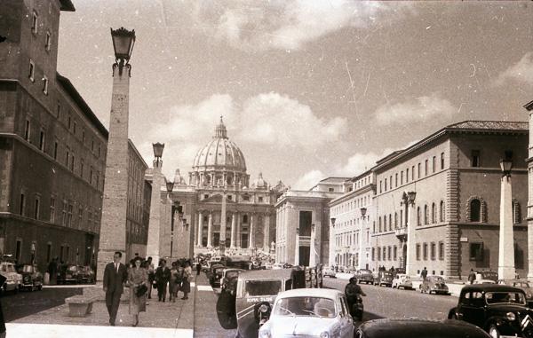 Via della Conciliazione, Rome looking towards St Peter's Square,