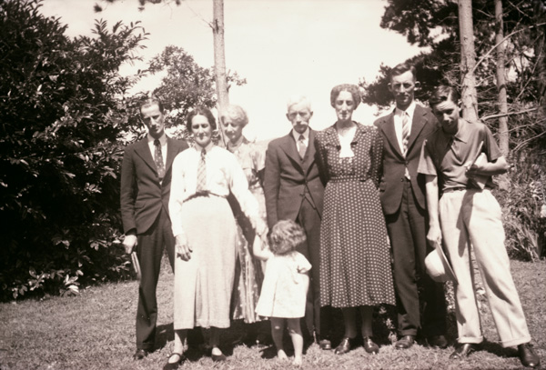 Family members in New Zealand. John Gay Butterworth in centre. T
