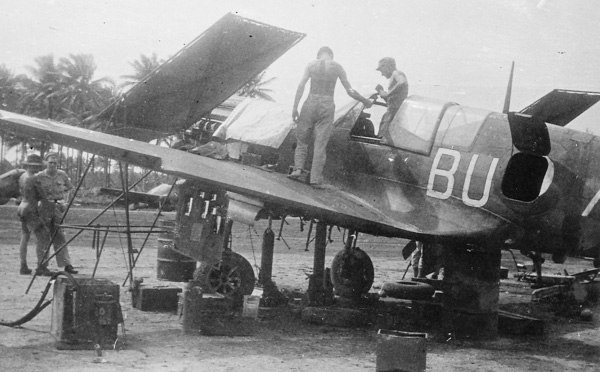 Kittyhawk BU-A of RAAF 80 Squadron being serviced by ground crew