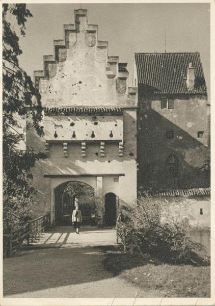 Torturm des Schlosses (Gatetower of the castle), Grünwald